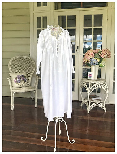 The Antoinette White Nightdress