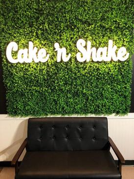 Cake.n.shake.light_edited.jpg