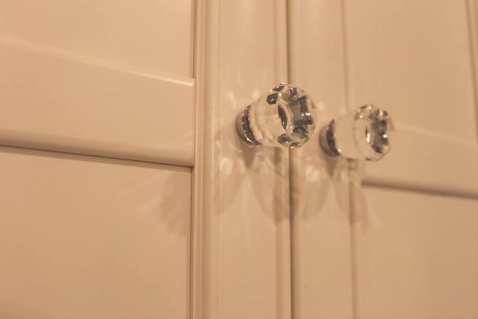 cabinet detail.jpg