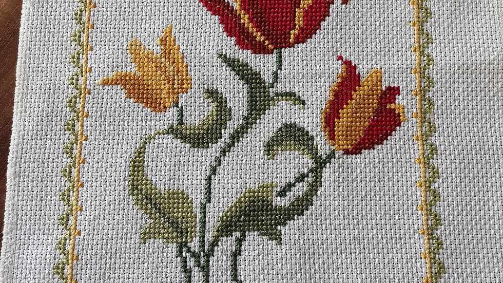 Cross stitch - Tulips