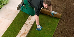 2018-Wickes-How-To-Laying-the-turf-Step-