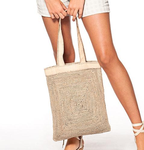 Concha Raffia Bag