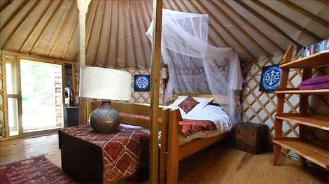 Portugal%20Yurt%20Room_edited.jpg