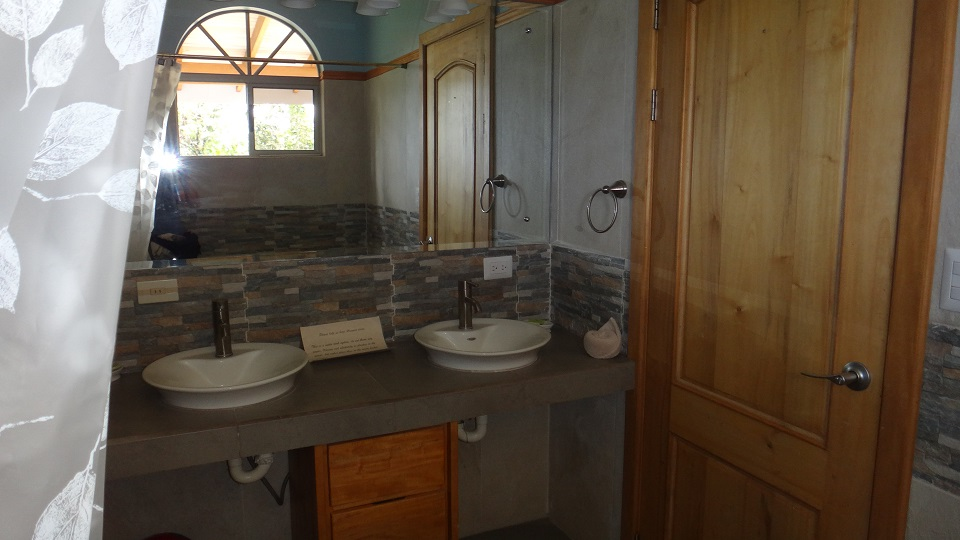 Blue bedroom Double sinks