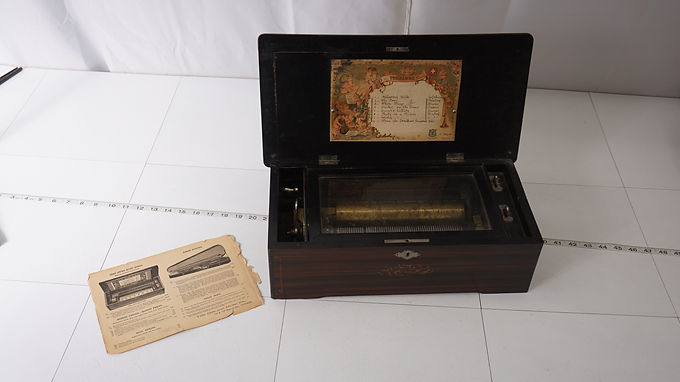 1885 Jacots Music Box - Rosewood Cover Box
