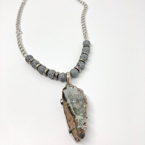 """Beautiful Teal Toned Agate Geode Necklace - Neck 18"""""""