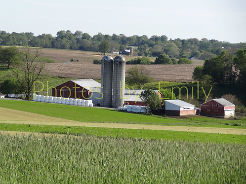 Amish Farm in Lancaster County, PA