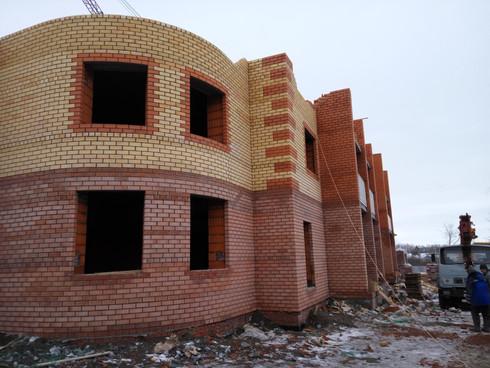 Этапы строительства пятиэтажного дома с. Ишлеи