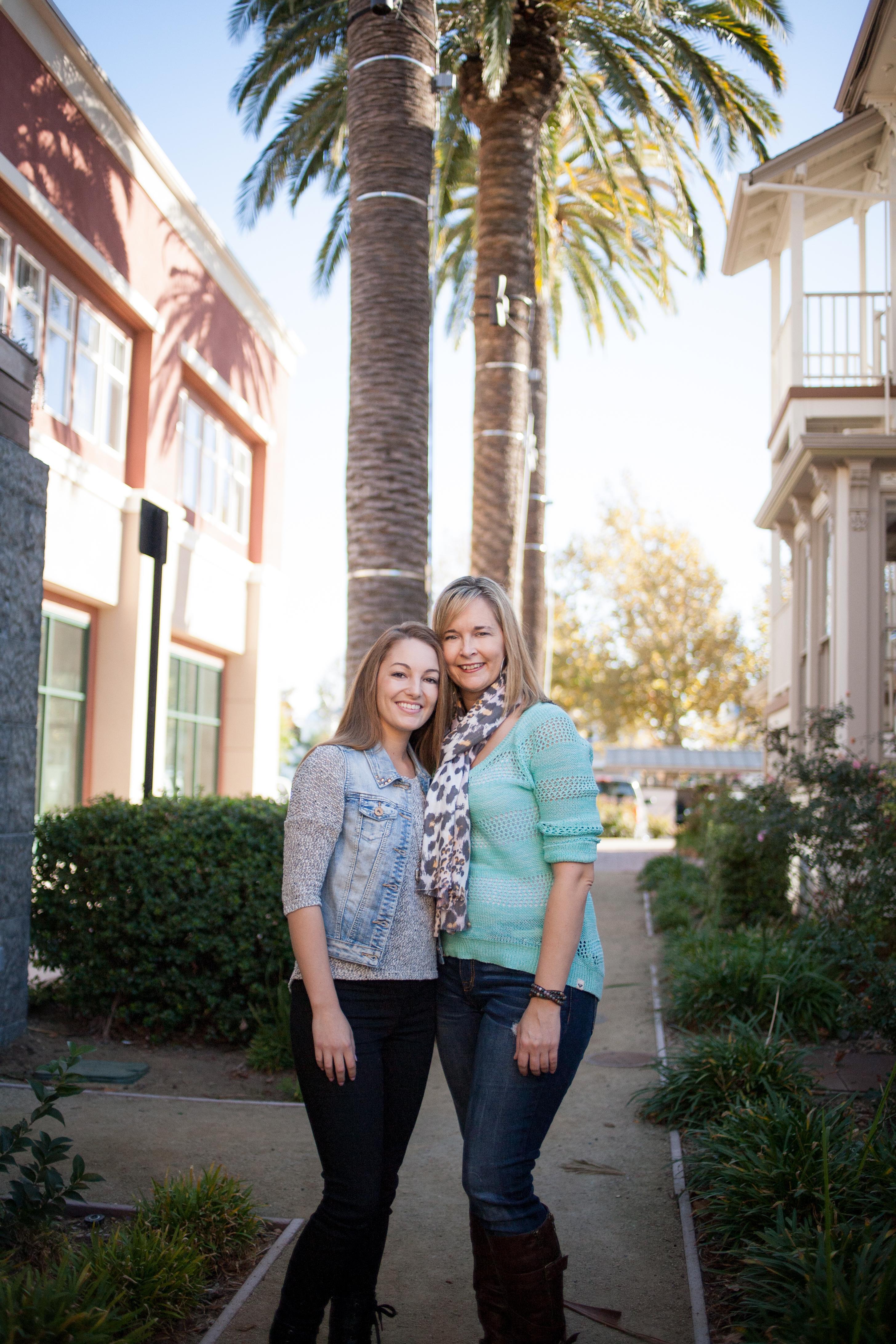 2013_Rachel and Jen-25