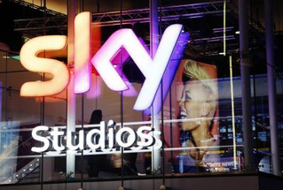 EUROPE GIVES THE THUMBS UP FOR  FOX / BSKYB TAKOVER