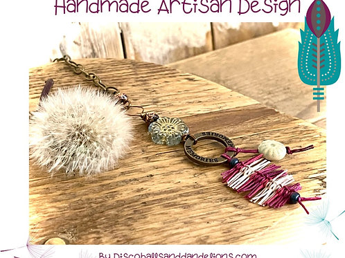 Handmade Design Hemp Macrame Feather Lariat / Pendant
