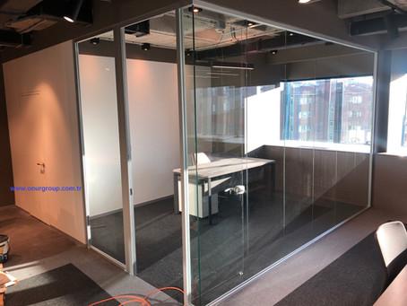 Cam cama ofis bölme sistemleri