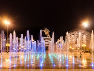 shutterstock_zefart.Dancing fountains il