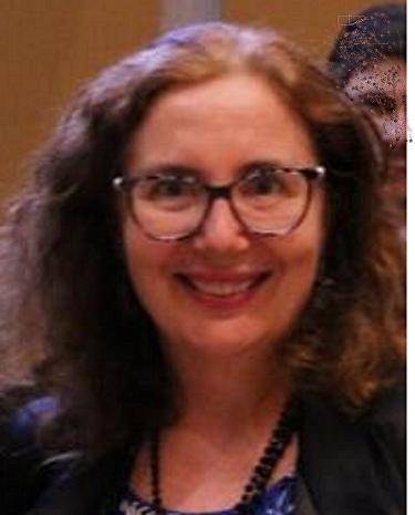 Ana Julia Perrotti-Garcia, tradutora/intérprete