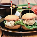 Karaage chicken mini burger (2pcs)