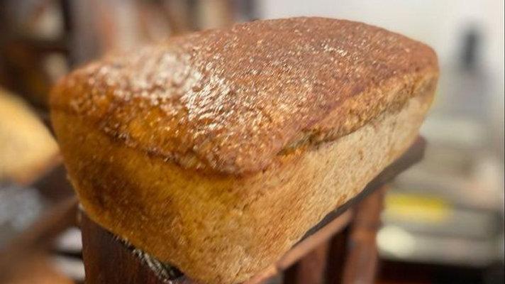 Chleb Razowy na Miodzie - KROJONY