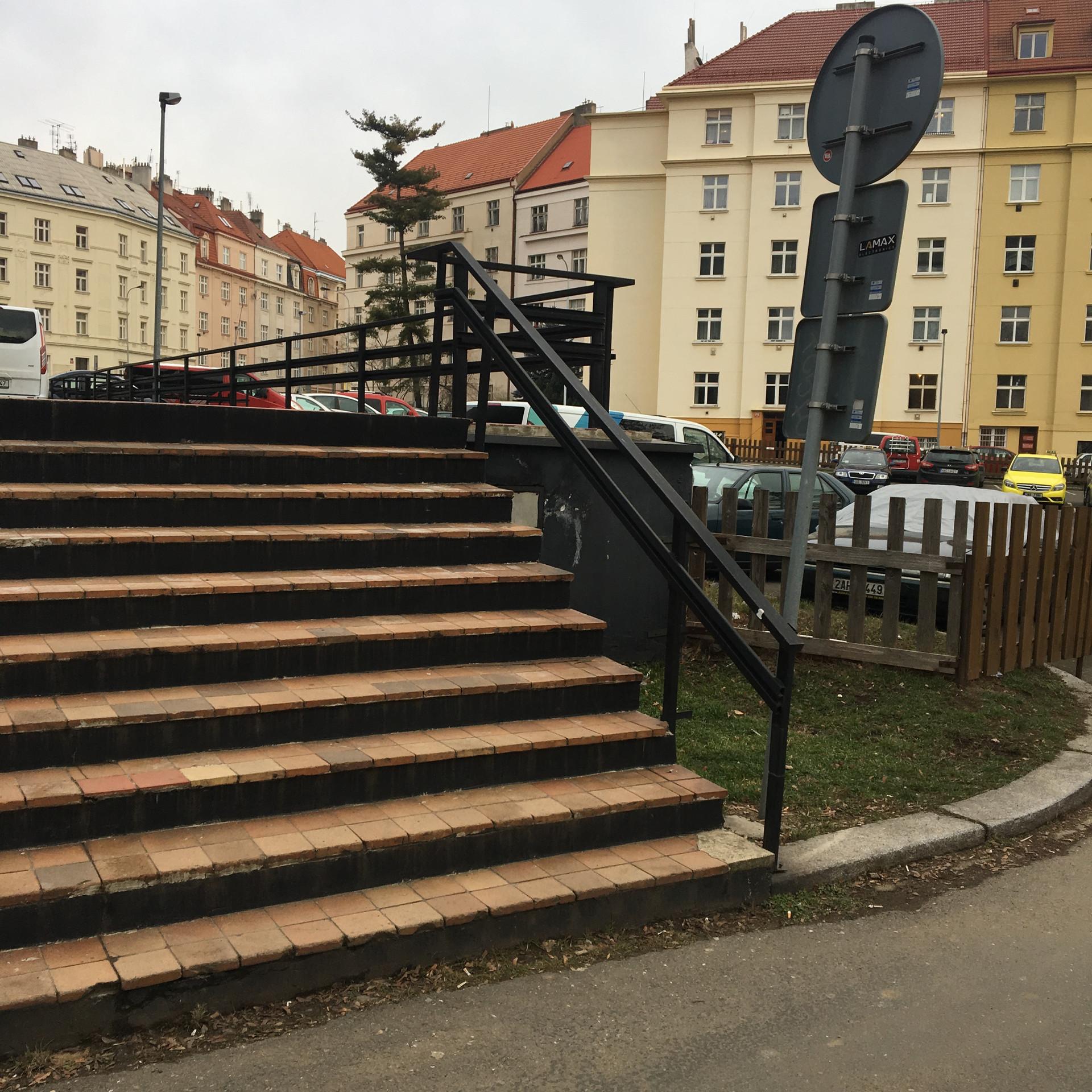 Rail 10 stairs