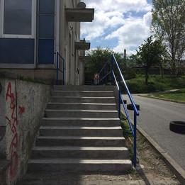 Flat rails    - Bus Station: Milevská - K Sídlišti street - In front School