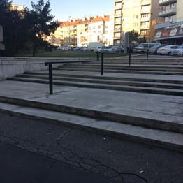 Steps rails