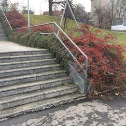 Rail 8 stairs