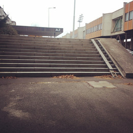 Bank 12 stairs  