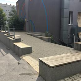 Manual ledges  
