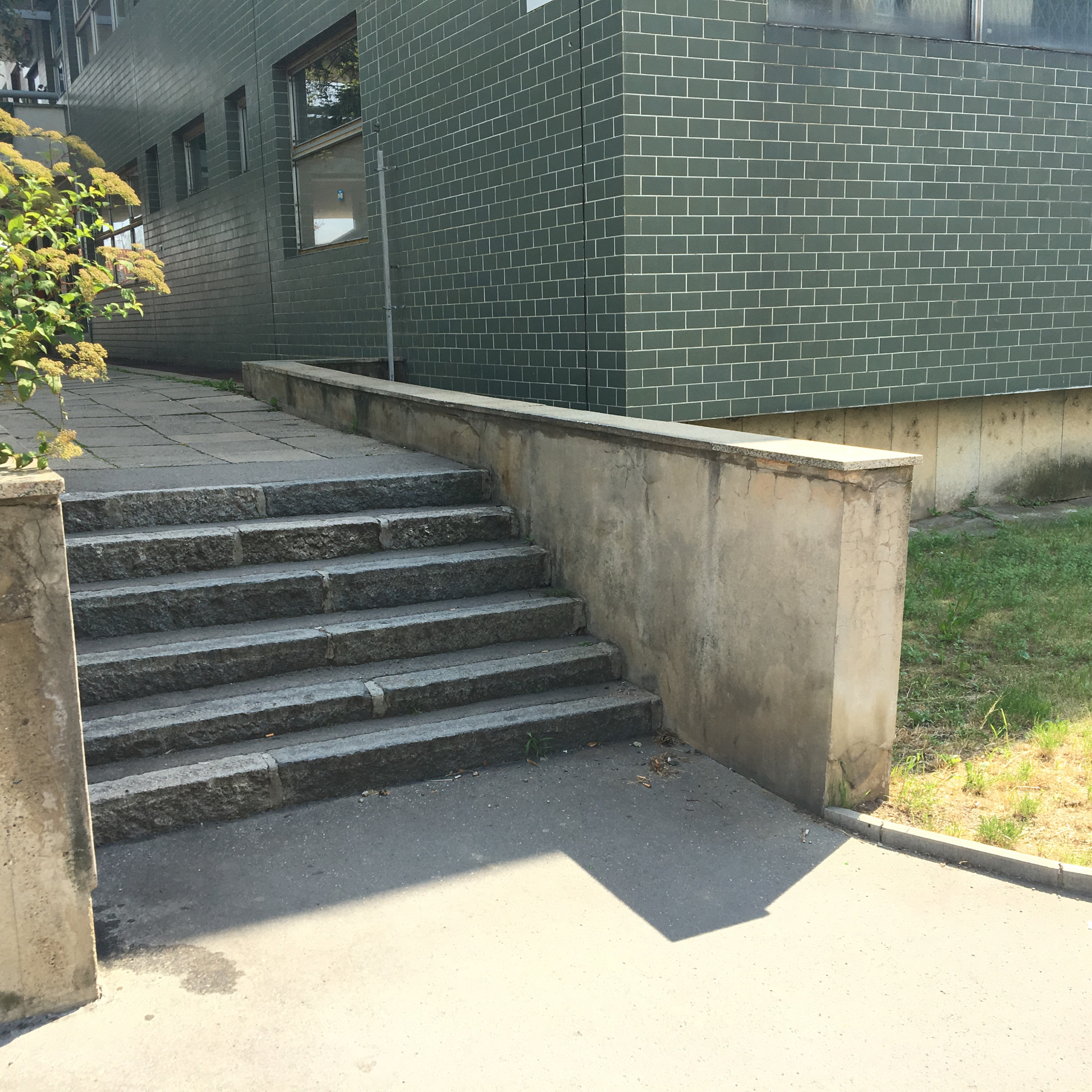 Ledge 6 stairs  