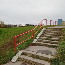 Rail from 2+8 stairs  