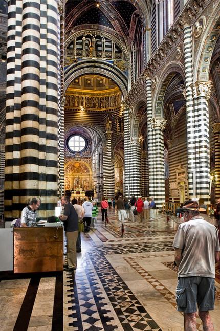 18 Fra Duomo Siena nr. 1.