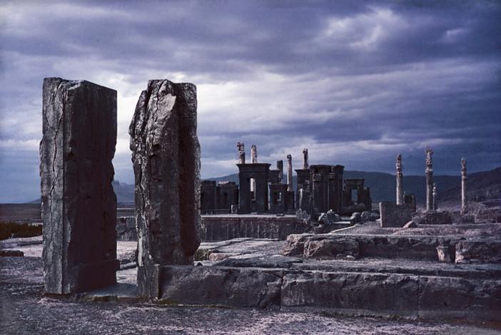 01 Etter torden Persepolis.jpg