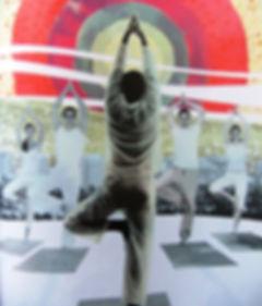 Le yoga en entreprise pour déduire le stress, améliorer sa concentration et sa productivité