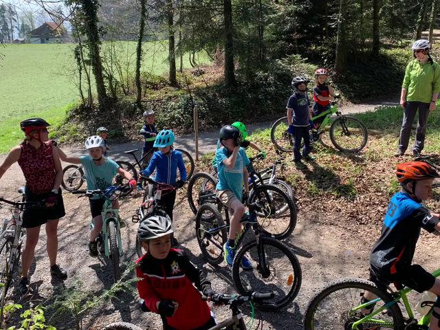 Fahrtechnik-Kurs für den Ski und Sportclub Meggen