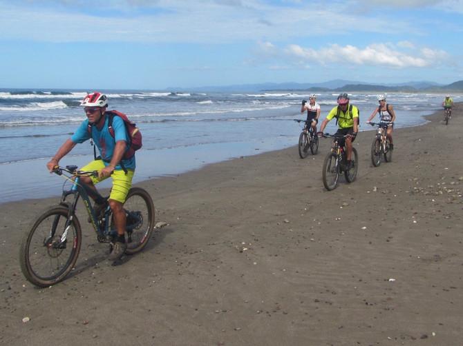 Mit dem Bike unterwegs in Costa Rica