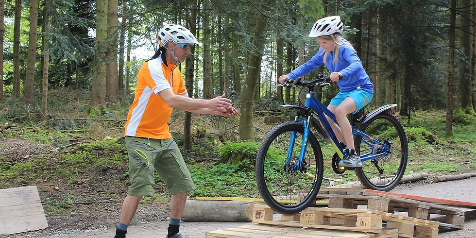 Fahrtechnik-Kurs Ski und Sportclub Meggen