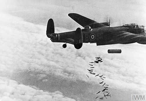 Lancaster bombing Duisburg October 1944