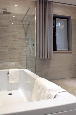 Come scegliere le tende da bagno