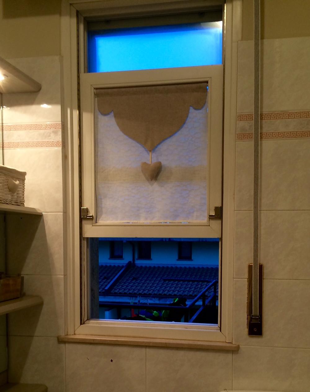 tendina mantovana per finestra