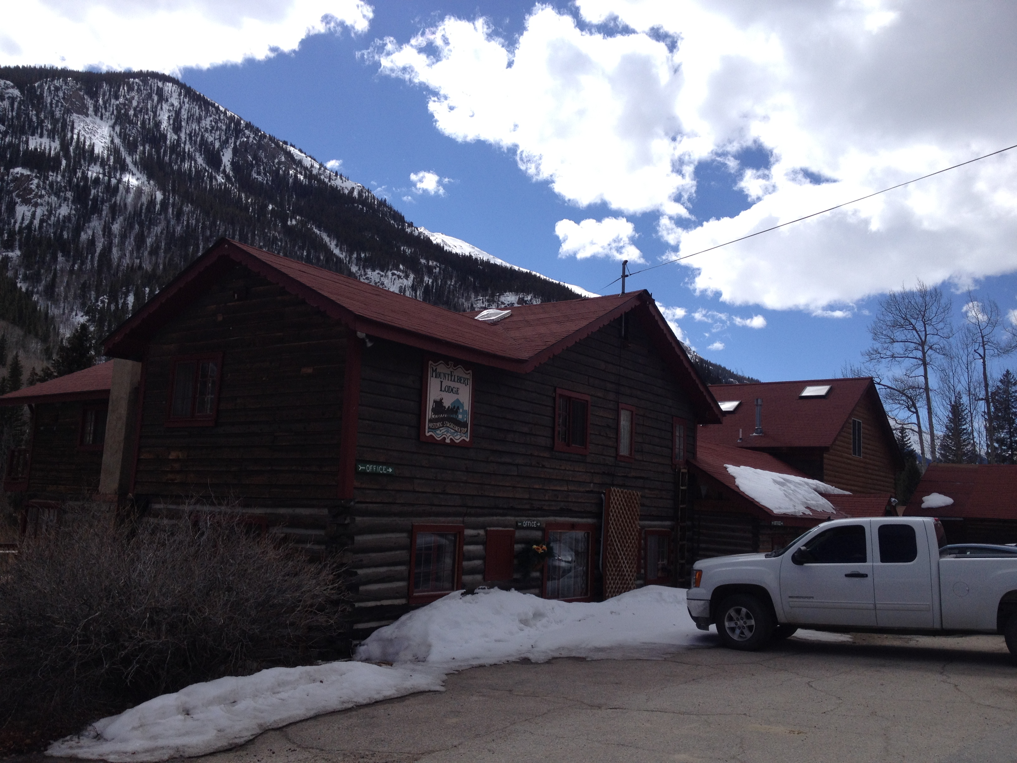 Mt Elbert Lodge - Twin Lakes, CO
