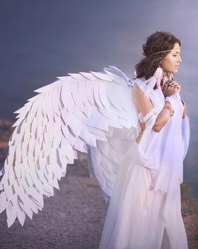 Angelic beautiful woman_edited_edited.jp