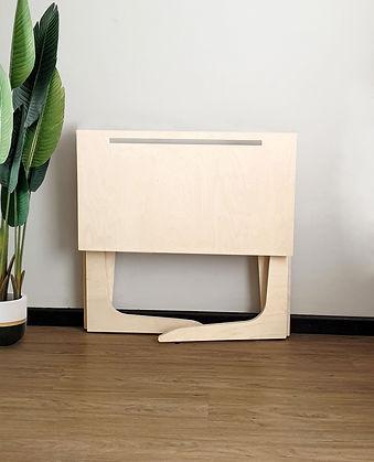 Compact.Desk-Karuh-FOLD-Still.2.jpg