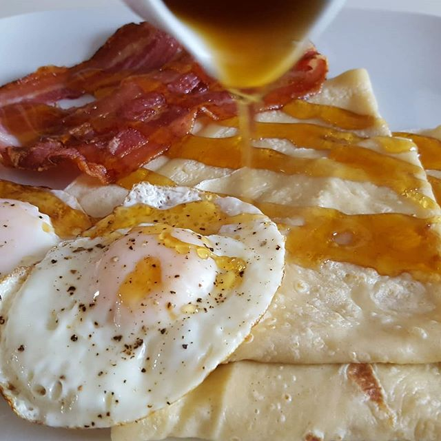 Bacon & Egg Crêpe with Maple syrup #panc