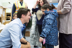 Trudeau Welcomes Refugees Rejected By Trump #WelcomeToCanada
