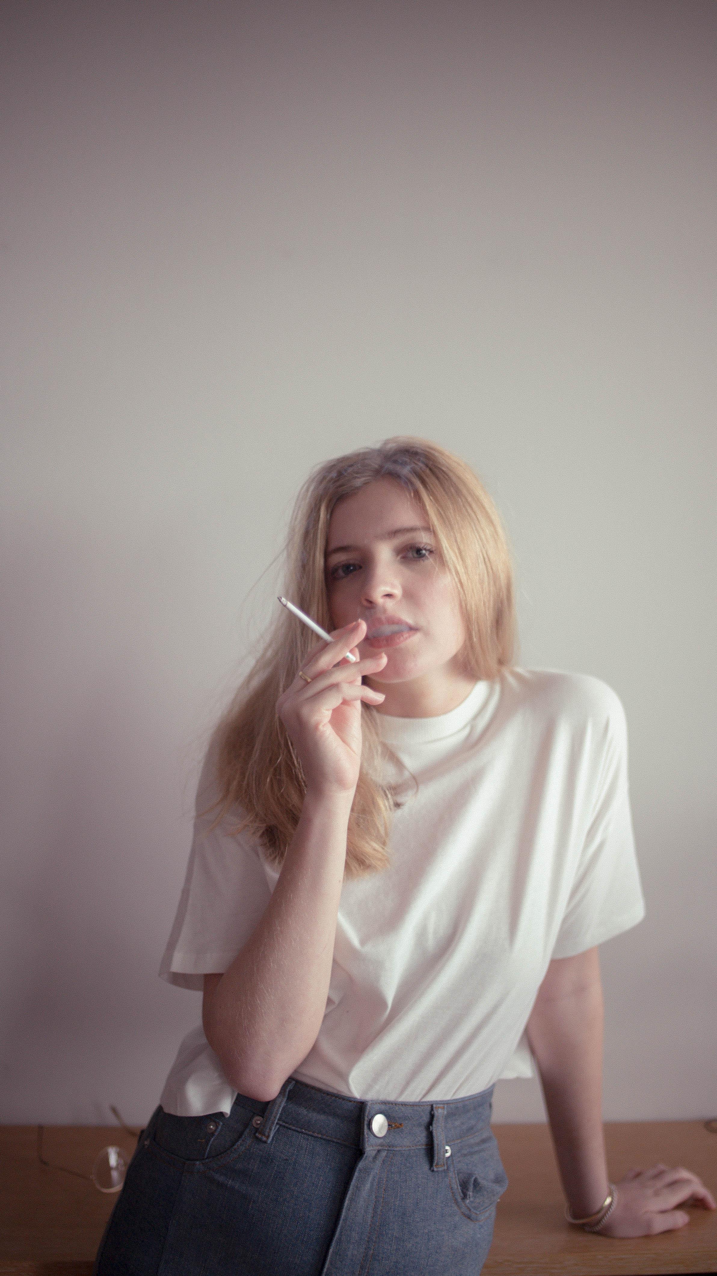 90s cigarette