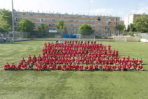 ילדי בית הספר לכדורגל