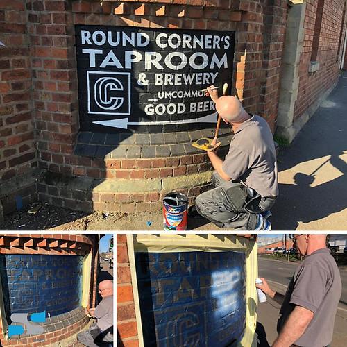 Hand Painted Signage London.jpg