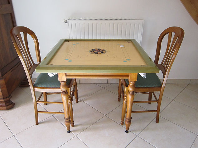 table-jeu-carrom-billard-indien-france-fabrique-en-france-bois-glisse-exceptionnelle