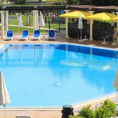 Dolphin pool.jpg