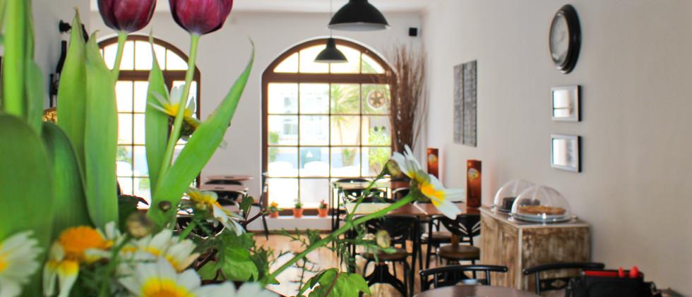 Village_Café_12.JPG