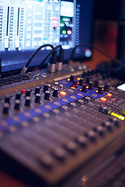 turned-on-audio-mixing-console-1436141.j