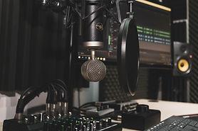 studio-4065108_1920.jpg